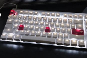 机械键盘如何挑选?Cherry樱桃 MX 8.0游戏机械键盘怎么样?-1
