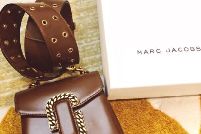 Marc Jacobs St.Marc包容量大吗?怎么搭配好看?-1