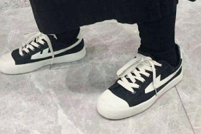 回力麻将款的鞋子是什么样的?穿着舒适吗?-1