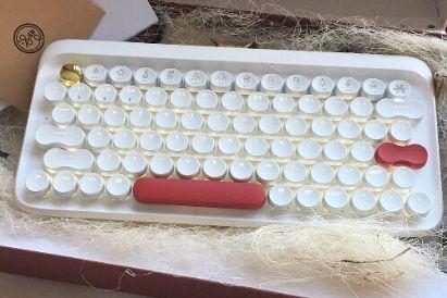 洛斐圆点机械键盘怎么样?可以连接几个设备?-1