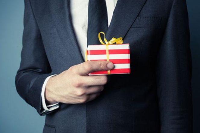 过年商业礼物怎么送—注意事项分享-1