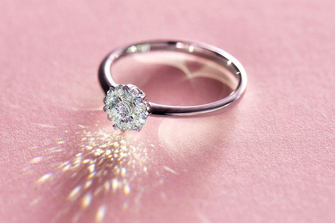 钻石小鸟钻石戒指图片?钻石小鸟钻石戒指值得买吗?-1
